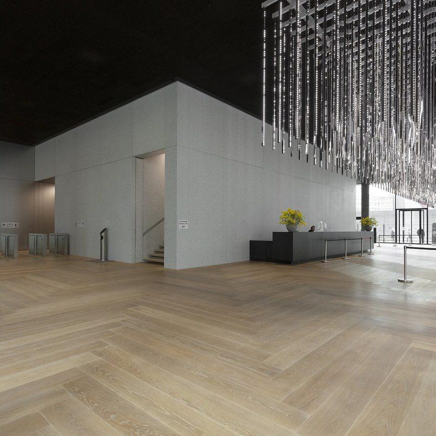 Eingangshalle Fliesen Omniturm Frankfurt Feinsteinzeug Fiandre